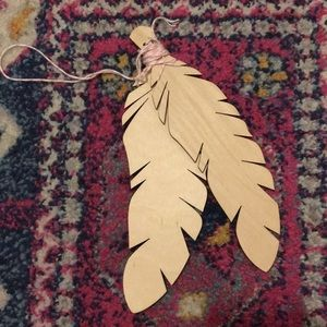 Wooden feathers - FREE WITH ANY PURCHASE